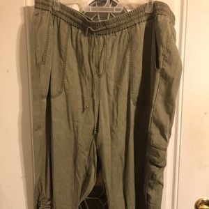 CAPRIS BY LANE BRYANT SIZE 26/28